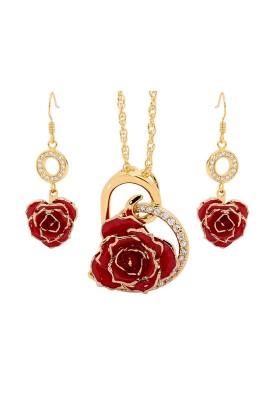 Ensemble de bijoux rose rouge. Style de cœur