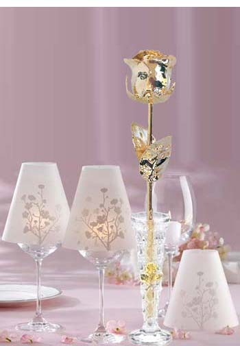Gold Eternity Roses in Crystal Vase